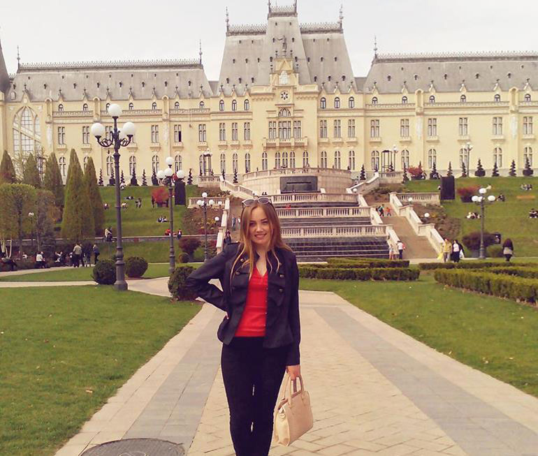 cristina-tabureanu-studenta-iasi